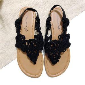 NWOT AEO Black Loop-Knot Fabric Thong Sandals